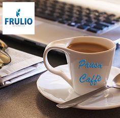 pausa caffè! #follow #like #work #socialmedia  #photooftheday #informatica #Napoli
