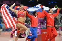 Jennifer Suhr, oro, Yarisley Silva, plata y Elena Isinbayeva, bronce, en la final de salto de pértiga Londres 2012