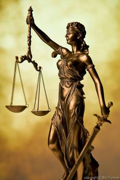 """fonte: Art /ärt/ The rule of law – Lady Justice Bronze Statue of Lady Justice Holding Scales of Justice and Sword """"The blindfold represents impartiality, the ideal that justice should be. Miss Fortune, Lady Justice Statue, Libra, Law Tattoo, Justice Tattoo, Sculpture Art, Sculptures, Law Office Decor, The Two Towers"""