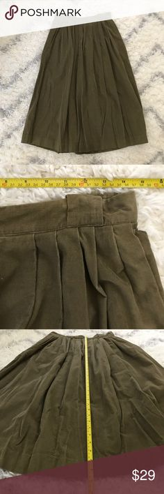 EUC vintage Eddie Bauer corduroy skirt (binW) EUC Eddie Bauer vintage corduroy long skirt, greenish brown, size 16, please use measurements provided in pictures for fit. Missing hook on inside, see last pic Eddie Bauer Skirts