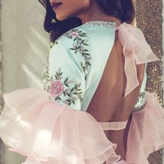 5 Indian Designers who are taking Indian fashion Industry to a new leap – Fashion fun India Lehenga Designs, Silk Saree Blouse Designs, Fancy Blouse Designs, Blouse Neck Designs, Blouse Styles, Indian Dresses, Indian Outfits, Stylish Blouse Design, Indian Attire