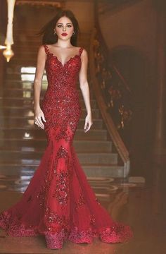 Mermaid Straps Sweep Train Red Tulle Prom Dress With Appliques Sequins TP0097