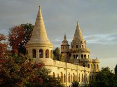 Sunrise at Fisherman's Bastion in Budapest, Hungary (by wasabeee)