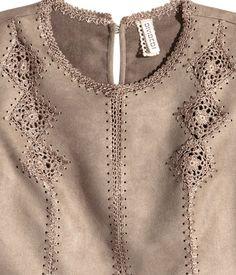 Crochet Coat, Crochet Fabric, Crochet Shirt, Form Crochet, Crochet Jacket, Bead Crochet, Crochet Clothes, Crochet Stitches, Crochet Ornaments