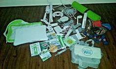 Nintendo Wii Sports Pack White Console Bundle Lots of Extras & games