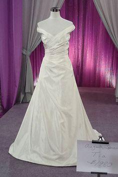 Augusta Jones 975 #RandyToTheRescue #BrideDay #Weddings