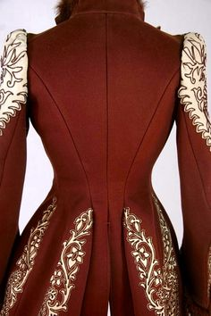 1890 Wine and ivory Jacket