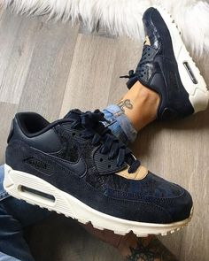 3c5d2550ae 1471 Best Shoes Style images | Air max, Nike air max, Nike free shoes