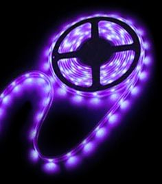 67 Ideas Party Lights Indoor Birthday For 2019 Glow In Dark Party, Glow Stick Party, Glow Sticks, Diy Black Light, Black Lights, Black Light Party Ideas, Courge Halloween, Purple Sweet 16, Deco Led