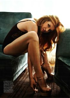 Connie britton american horror story nasty snack