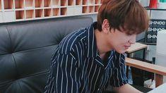 ❝Kissing burns calories a minute. Wanna work out?❞ 2019 in Bahasa # Fiksi Penggemar # amreading # books # wattpad Jung Woo, Na Jaemin, 20 Years Old, Read News, Kpop Groups, Boyfriend Material, Taeyong, Jaehyun, Nct Dream