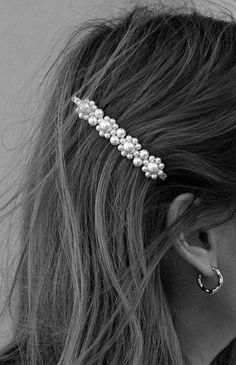 Hairstyle Ideas, Hairstyles, White Aesthetic, Girly Things, Hair Inspiration, My Design, Women's Fashion, Black And White, Detail