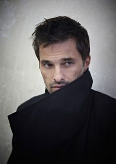 Olivier Martinez. French and Spanish are inexplicably sexy. Olivier happens to be both.
