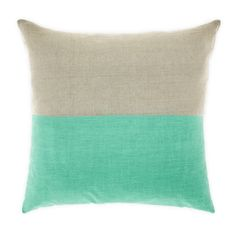 Another lovely linen cushion from Aura - dipped cushion in mint Lounge Cushions, Scatter Cushions, Decorative Throw Pillows, Shabby Chic Campers, Textiles, New Wall, Home Decor Furniture, Interior And Exterior, Home Accessories