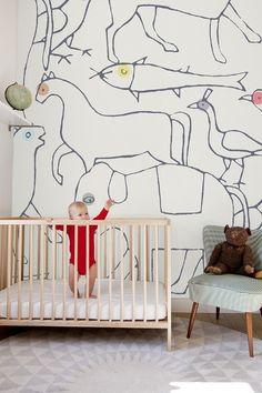 http://blog.thebump.com/2012/08/24/21-inspiring-nursery-wall-decor-ideas/#slideshow=19