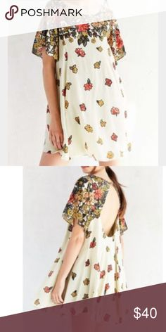 New! UO Floral Dress Brand new with tags floral flowy dress from urban outfitters Urban Outfitters Dresses Mini