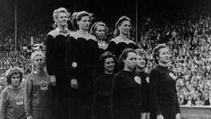 Athletics - Women's 4x100m relay (London 1948). Fanny Blankers-Koen, Xenia Stad-de Jong, Gerda van der Kade-Koudijs, and Nettie Witziers-Timmer