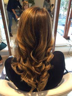 Miodowe refleksy Honey brown hair