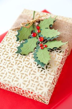 Holly berry holiday gift topper made with the Anna Griffin Holly Sprig Cricut Cuttlebug Cut & Emboss Die
