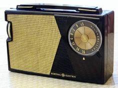 Vintage General Electric Transistor AM Radio, Model P-807J, Made In USA, Circa 1964.