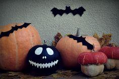 ShpilkaFelt: Happy Haloween Jack Skellington Pumpkin, Black Pumpkin, Holiday Crafts, Holiday Ideas, 5th Birthday, Trick Or Treat, Pumpkin Carving, Halloween Ideas, Happy