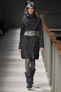 Missing Light — fashiongeometry: Miriam Ponsa - SHERPA...