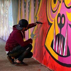 """Designerds es Colombia, la tierrita, """"Mai pipol"""", así que de ahora en adelante talento nacional es lo que vamos a compartirles, y hoy le tocó a @manifiesto79, nuestro #DesigNerd Julián Cardozo Aricapa  nos muestra una gran variedad de su trabajo, un estilo original, así que designerds, Colombiano sigue Colombiano, excelente semana.  Foto vía @manifiesto79  #latierrita #talentocolombiano #ilustrador #diseñadorgráfico #letrista #arteurbano #colombianosiguecolombiano #cafeteros #HechoenColombia"""