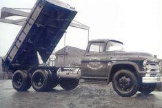 Nieuwe pagina 3 Big Rig Trucks, Gm Trucks, Pickup Trucks, 1956 Chevy Truck, Chevrolet Trucks, Vintage Tractors, Vintage Trucks, Equipment Trailers, Heavy Machinery