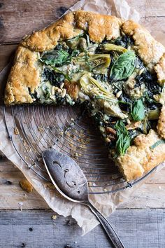 Spinach and Artichoke Galette. Wonder if I could substitute something for the artichokes, so my kids would eat it? Vegetarian Recipes, Cooking Recipes, Healthy Recipes, Amish Recipes, Dutch Recipes, Spinach Recipes, Cooking Food, Half Baked Harvest, Food For Thought