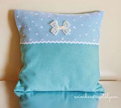erkek-bebek-altin-yastigi-modeli Throw Pillows, Women, Google, Bedroom, Tape Art, Bias Tape, Toss Pillows, Cushions, Decorative Pillows