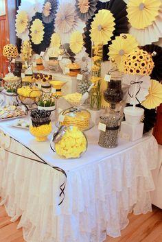 Bumble sweet table. Cute idea for gender neutral baby showers.