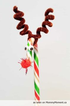 10 Candy Cane Reindeer Crafts for Super-Cute Stocking Stuffers – Candy Cane Candy Cane Sleigh, Candy Cane Reindeer, Candy Cane Ornament, Reindeer Craft, Reindeer Footprint, Reindeer Drawing, Reindeer Handprint, Reindeer Costume, Reindeer Games