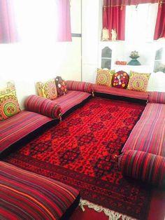 Bhartiy Baithak Dream Home Ideas in 2019 Floor seating- Home Room Design, Indian Home Decor, Floor Seating, Home Decor, House Interior, Home Interior Design, House Interior Decor, Floor Seating Living Room, Home Decor Furniture