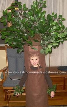 The Coolest Tree in town! When my 5-year-old told me he wanted to be a tree for Halloween, I quickly agreed, then thought, Oh, no!  What have I gotten myself into?  After doing