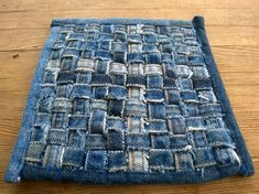 Tuunausta ja tekeleitä: Ohjeet farkkujen totaalikierrätykseen, osa 2 Patterned Shorts, Printed Shorts, Tie Dye Shorts