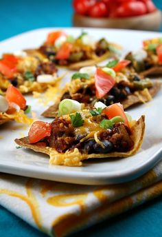 LOW FAT: Nachos Supreme recipe - perfect for those who are watching their calories during football season!  #weightwatchers points and nutritional information included.