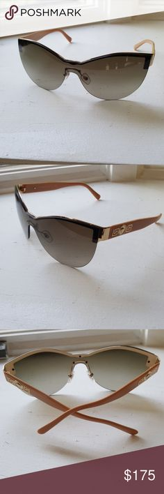 8cb565d643 Versace sunglasses Brand new without tag Versace women sunglasses cat eye  shield front gold trim. Tan plastic arm with Gold Versace Medusa trim.