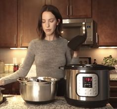 She makes bone broth in an instant cooker (electric pressure cooker).
