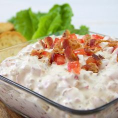 BLT Dip: A true original and a real crowd pleaser! Here's an easy, savory dip with all the flavor of that oh-so-famous sandwich! My kids would love this! Cold Appetizers, Great Appetizers, Easy Appetizer Recipes, Appetizer Dips, Blt Dip Recipes, Italian Appetizers, Game Recipes, Party Appetizers, Party Recipes