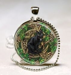 Jewelry Pagan Wicca Witch:  Black Cat Pentacle Pendant.