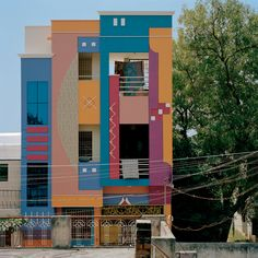 '80s building in India