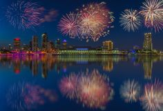 https://flic.kr/p/s1wieo | Tampa Skyline Wide Fireworks Reflection Composite | Tampa Skyline Wide Fireworks Reflection Composite, Tampa, Florida  First image is composite.  Second image is base file.  Please visit my website for more information floridaphotomatt.com/2015/04/07/tampa-skyline-with-reflec...