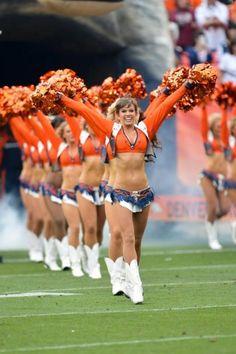 Denver broncos cheerleaders Denver Bronco Cheerleaders, Cheerleading Uniforms, Hot Cheerleaders, Go Broncos, Broncos Fans, Denver Broncos, Beautiful Celebrities, Beautiful Women, Reef Girls