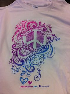 This four color design was actually only printed with 2 screens.  The blending and other two colors are engineered into the art to simulate printing with four distinct colors.  Yep, we're that good.  www.visualimp.com