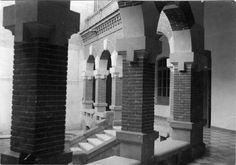 Escuelas Graduadas Públicas de Murcia: las de García Alix, construidas al oeste en el barrio de San Antolín. Los cuatro nuevos centros docentes fueron inaugurados, con ocasión del inicio del curso escolar, el 16 de septiembre de 1917.