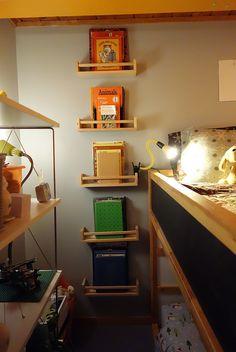 Spice Rack Bookshelves, ROY G B(IV)