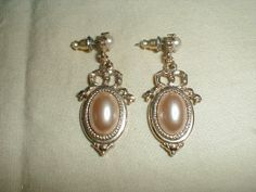 vintage 1928 Co.pearl earrings light cocoa by qualityvintagejewels, $38.00