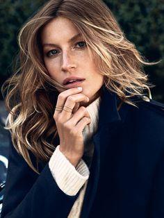 Natural Hair. Natural Makeup. Three tiny rings. Perfection.