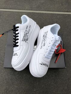 head closet ☆Off white Nike air force☆ Off White Shoes, White Nike Shoes, White Nikes, Nike Custom Shoes, Zapatillas Nike Air Force, Tenis Nike Air, Moda Sneakers, Cute Sneakers, Sneakers Nike