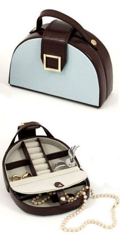 Travel & Store Jewelry Purse; I love this...anyone know where I can find one of these??